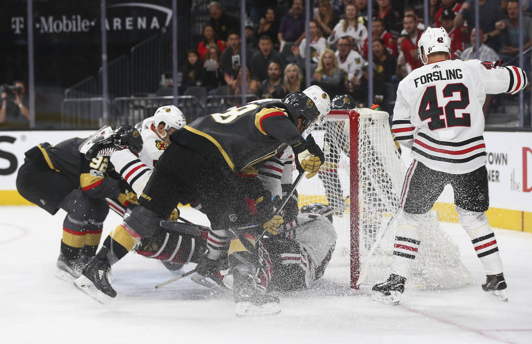 Golden Knights' Tomas Nosek (92) scores against the Chicago Blackhawks during an NHL hockey game at T-Mobile Arena in Las Vegas on Tuesday, Oct. 24, 2017. Chase Stevens Las Vegas Review-Journal @c ...