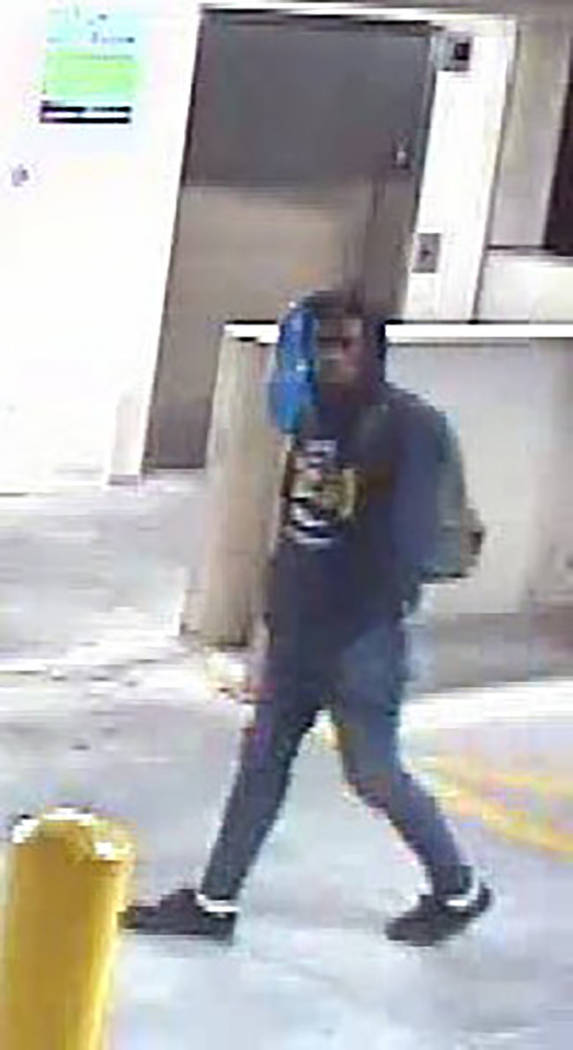 Surveillance photo of suspect (Las Vegas Metropolitan Police Department)