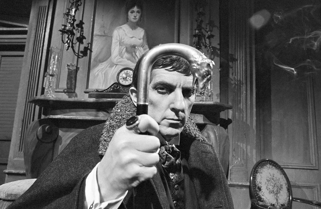 "Jonathan Frid plays Barnabas Collins in the Gothic television soap opera ""Dark Shadows"", April 16, 1969. (AP Photo/Bob Wands)"