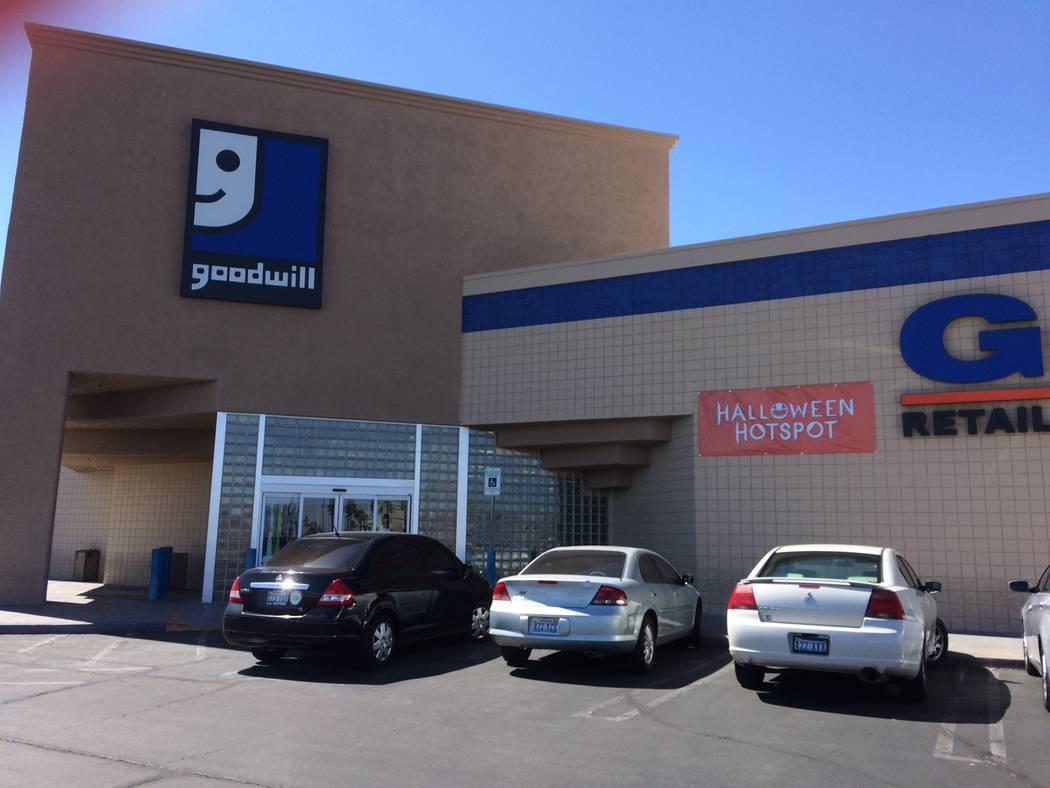las vegas area residents see toll from goodwill bankruptcy las vegas review journal. Black Bedroom Furniture Sets. Home Design Ideas