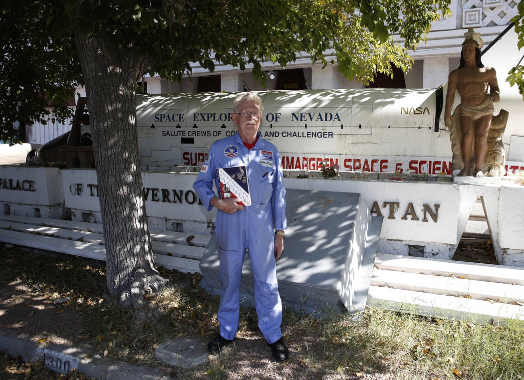 Former Lt. Gov. Dr. Lonnie Hammargren in front of his Las Vegas home at 4300 Ridgercrest Drive, Thursday, Oct. 26, 2017. Bizuayehu Tesfaye Las Vegas Review-Journal @bizutesfaye