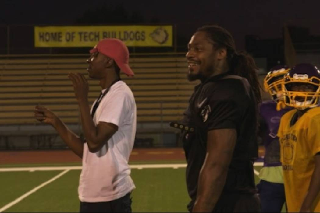 Marshawn Lynch works out at his old high school in Oakland, California. (Screen capture via Beastmode/Instagram)