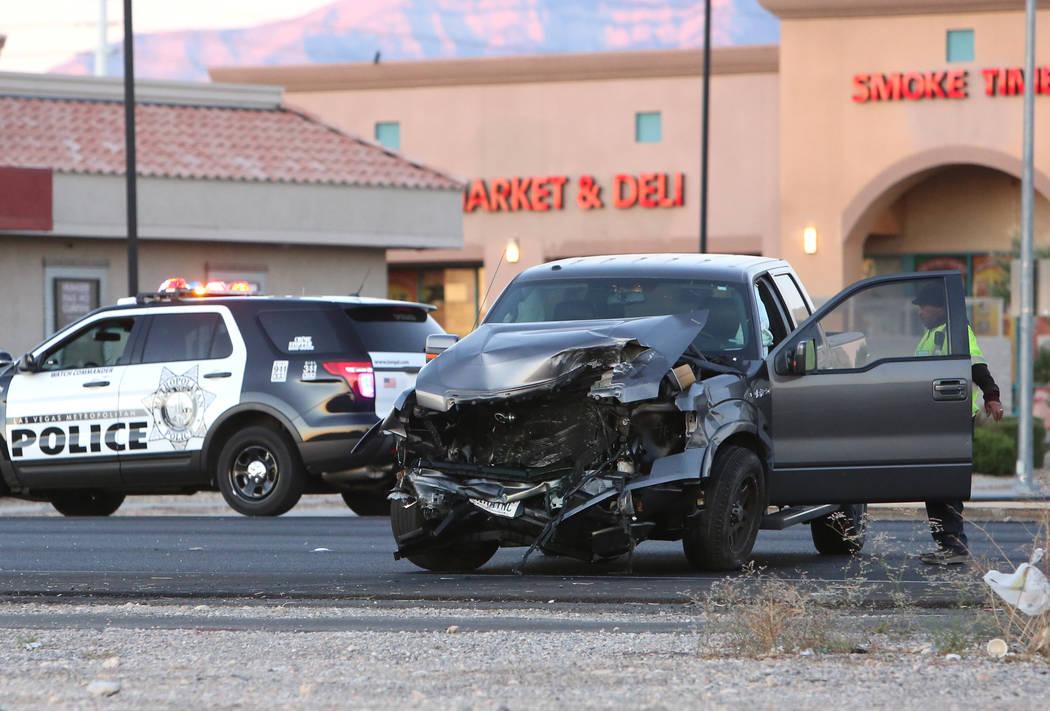 1 driver critically injured in southwest Las Vegas crash | Las Vegas