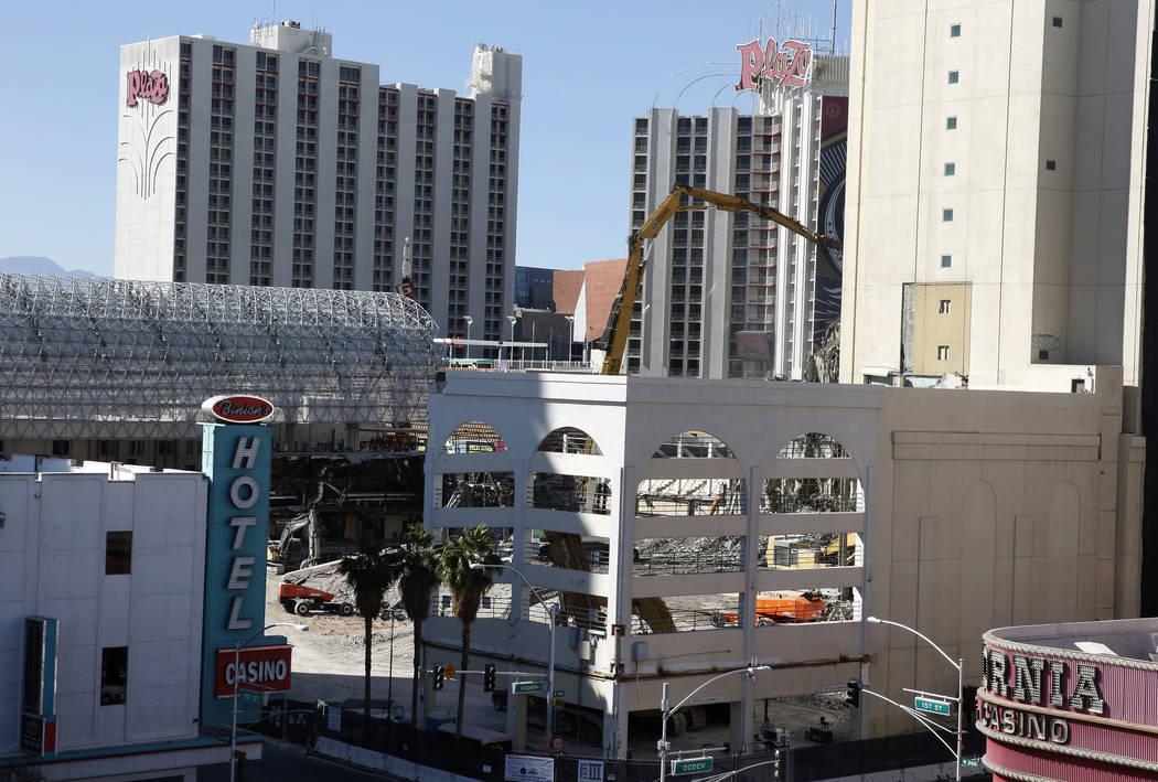 Downtowns Historic Las Vegas Club Is Coming Down Photos Las