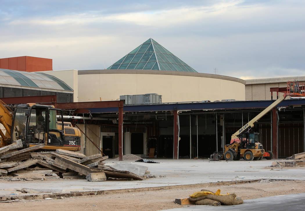 The Galaxy Theatres cinema currently under construction at the Boulevard Mall Monday, Oct. 30, 2017, in Las Vegas. Bizuayehu Tesfaye/Las Vegas Review-Journal @bizutesfaye