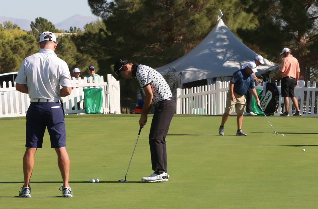 Players practice their putting as they prepare for the Shrine Hospitals for Children Open golf tournament at TPC Summerlin Tuesday, Oct. 31, 2017, in Las Vegas. Bizuayehu Tesfaye/Las Vegas Review- ...