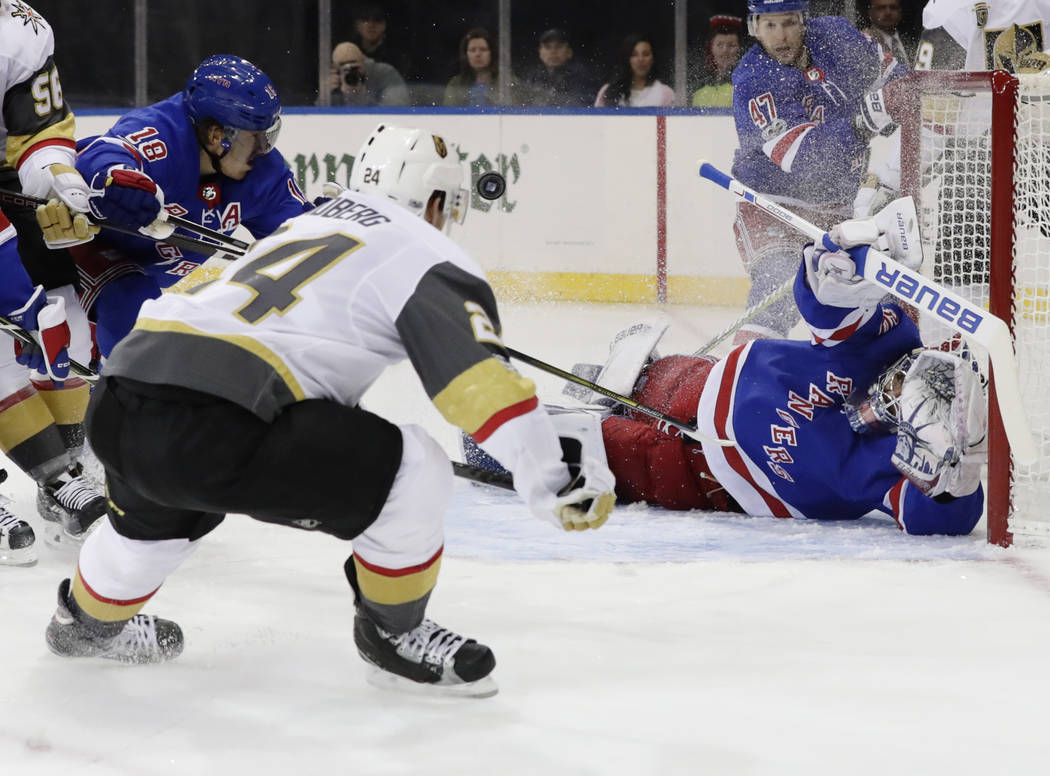 Golden Knights Can T Hold 2 Goal Lead Fall To Rangers 6 4 Las