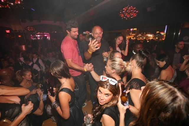Kendra Wilkinson-Baskett walked across club Hyde Bellagio last Saturday to wish Brody Jenner a happy birthday. They both got photo bombed in the foreground by a party girl giving the photographer  ...