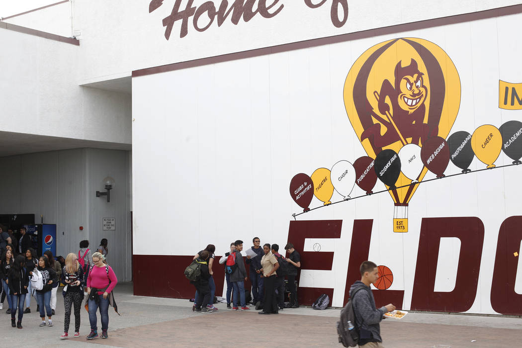Students eat lunch at El Dorado High School in Las Vegas, Wednesday, Oct. 18, 2017. The school has had issues with violence. Rachel Aston Las Vegas Review-Journal @rookie__rae
