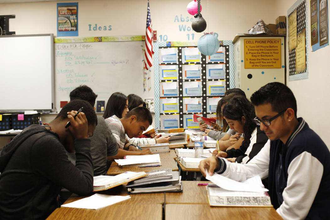 Students at work during English class at El Dorado High School in Las Vegas, Wednesday, Oct. 18, 2017. The school has had issues with violence. Rachel Aston Las Vegas Review-Journal @rookie__rae