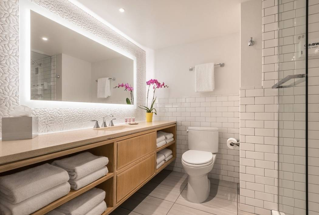 A renovated bathroom at the Flamingo Las Vegas. Caesars is investing $90 million to upgrade 1,270 rooms at the hotel. (PRNewsfoto/Caesars Entertainment Corp...)