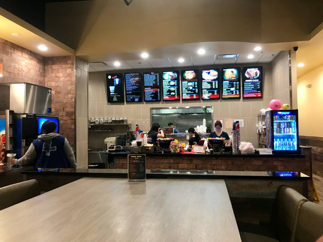 Ohana Hawaiian Barbeque opened its fourth location on South Rainbow Boulevard in August. (Madelyn Reese/View) @MadelynGReese