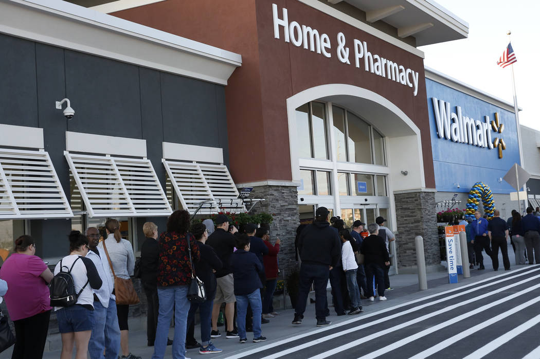 c7e5587a07e6a People lined up to enter the new Walmart Supercenter at Blue Diamond Road  and Rainbow Boulevard