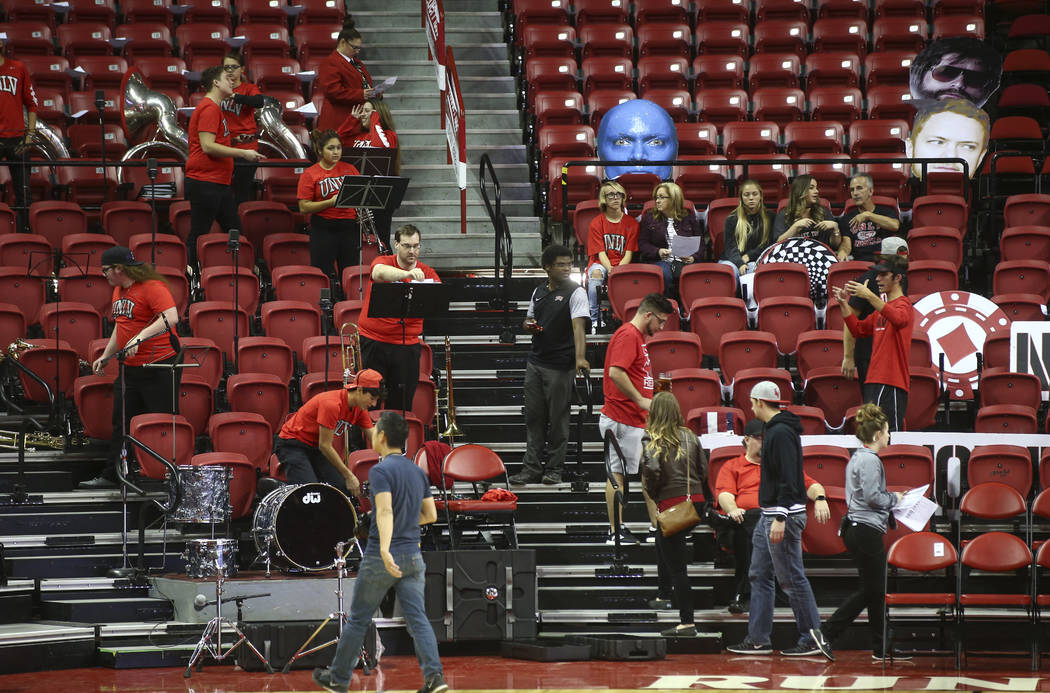 Fans get ready for UNLV to take on Florida A&M in a basketball game at the Thomas & Mack Center in Las Vegas on Saturday, Nov. 11, 2017. Chase Stevens Las Vegas Review-Journal @csstevensphoto