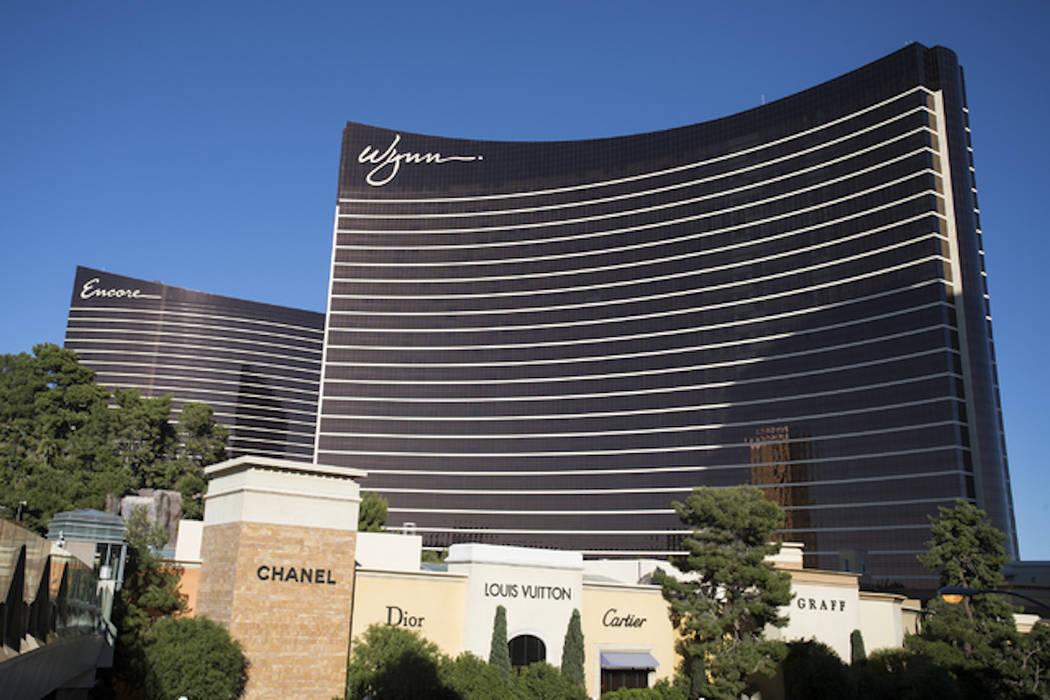The Encore and Wynn Las Vegas on the Las Vegas Strip. (Loren Townsley/Las Vegas Review-Journal)