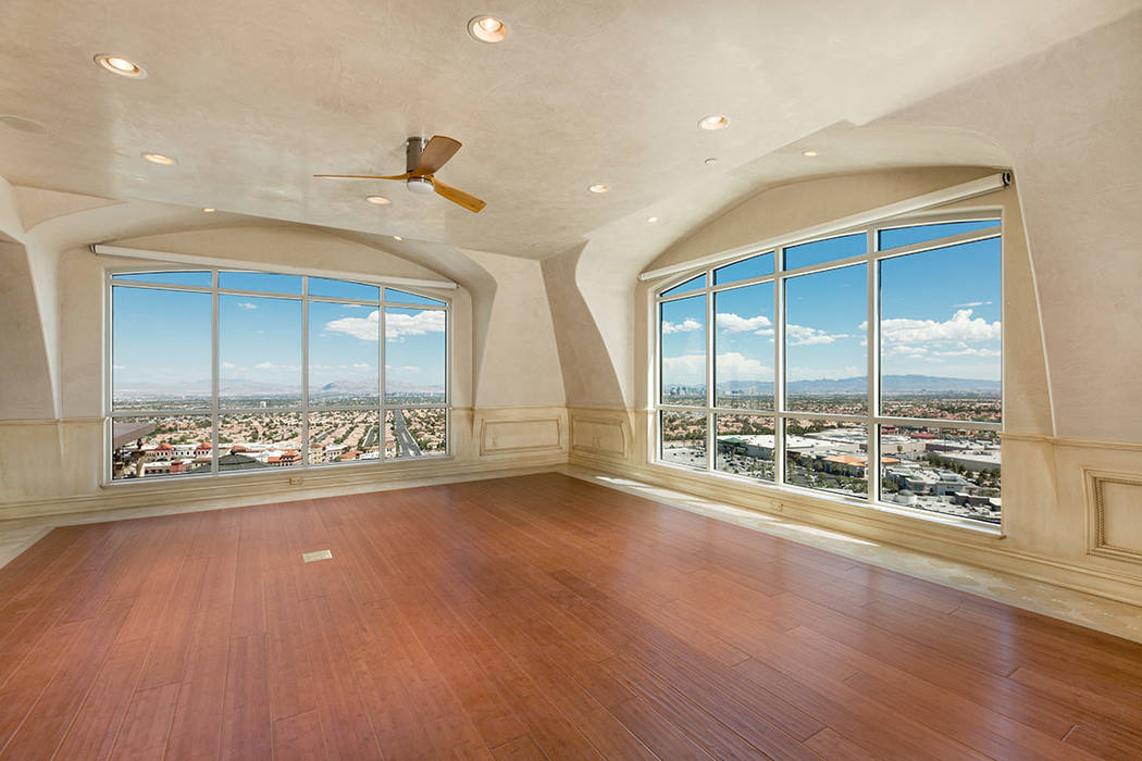The home has views of the Las Vegas Valley. (Luxury Estates International)