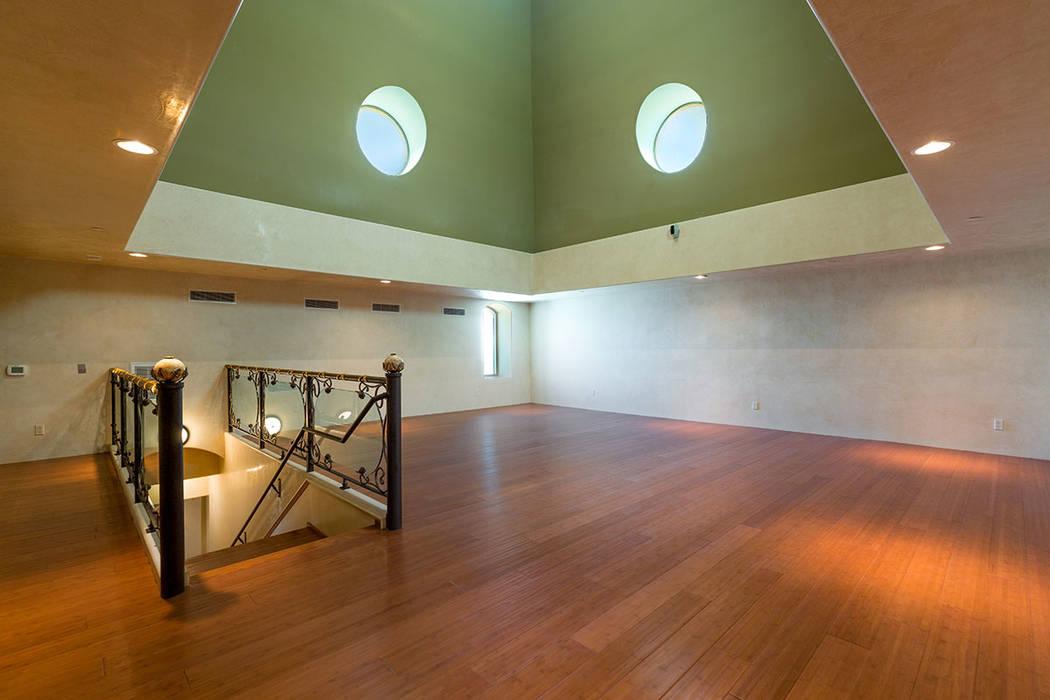 An upstairs loft. (Luxury Estates International)