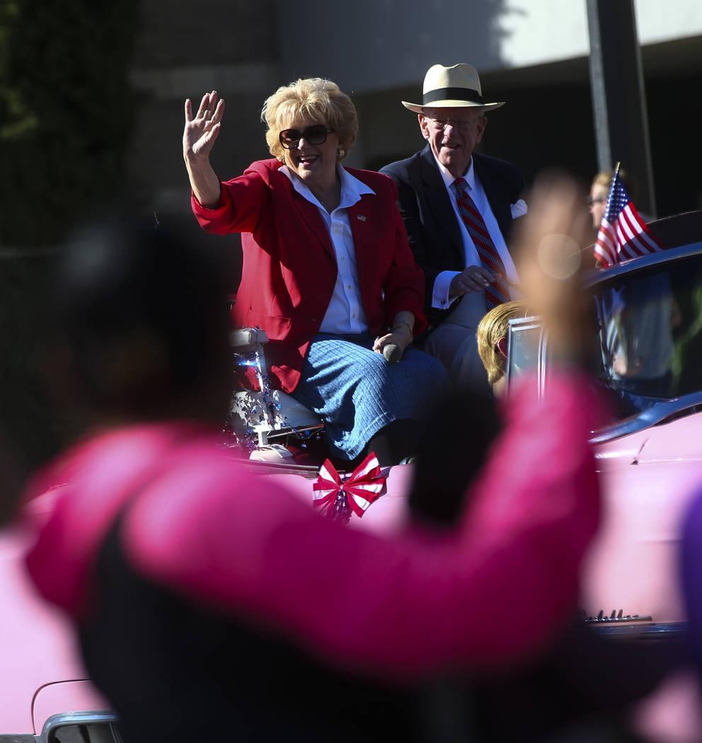 Mayor Carolyn Goodman, left, with her husband Oscar, during the Veterans Day Parade in downtown Las Vegas on Saturday, Nov. 11, 2017. Chase Stevens Las Vegas Review-Journal @csstevensphoto