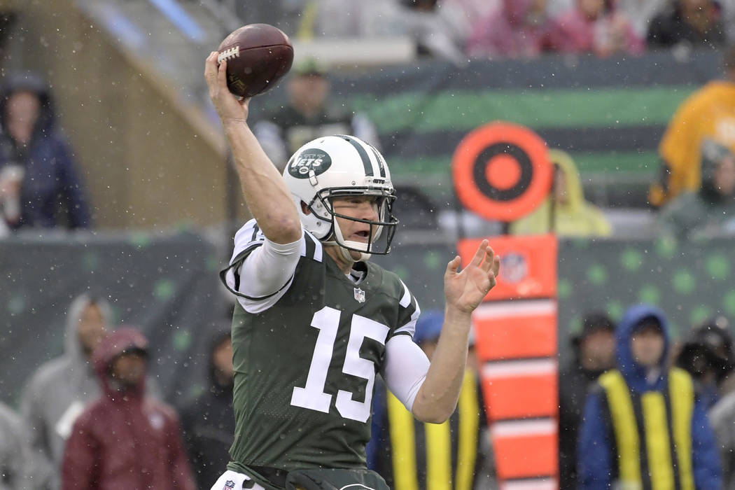 New York Jets quarterback Josh McCown (15) throws a pass during the first half of an NFL football game against the Atlanta Falcons Sunday, Oct. 29, 2017, in East Rutherford, N.J. (AP Photo/Bill Ko ...