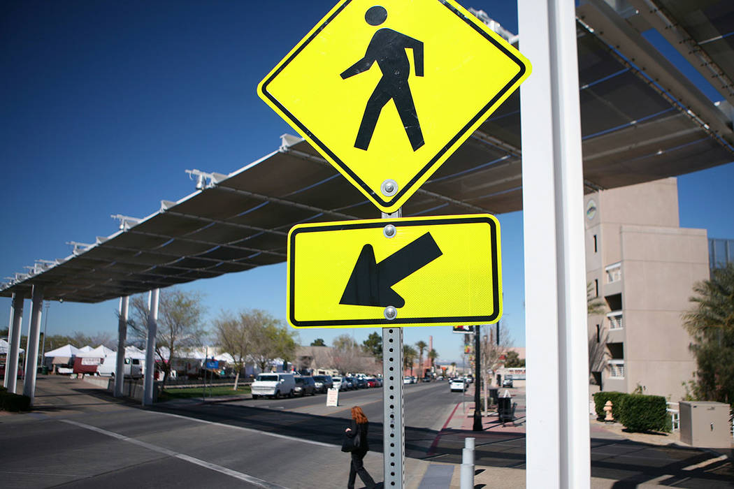 A pedestrian uses the crosswalk on Water Street in 2015 in Henderson. (Las Vegas Review-Journal)