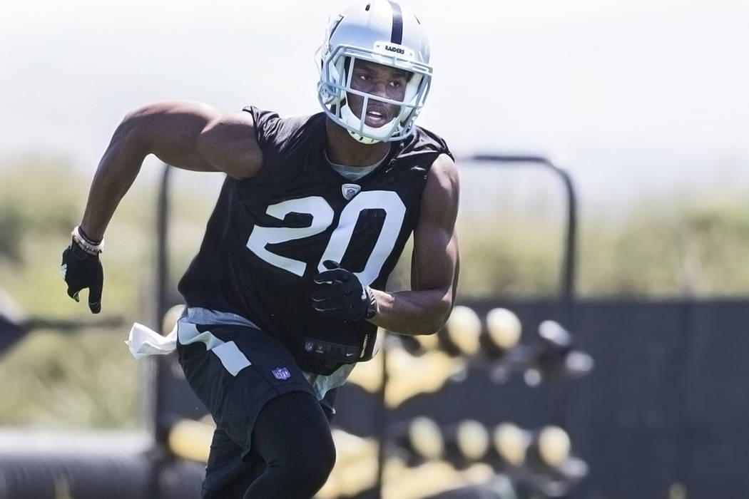 Raiders second-round draft pick Obi Melifonwu runs through drills during rookie minicamp on Friday, May 5, 2017, at Oakland Raiders Headquarters, in Alameda, Calif. Benjamin Hager Las Vegas Review ...