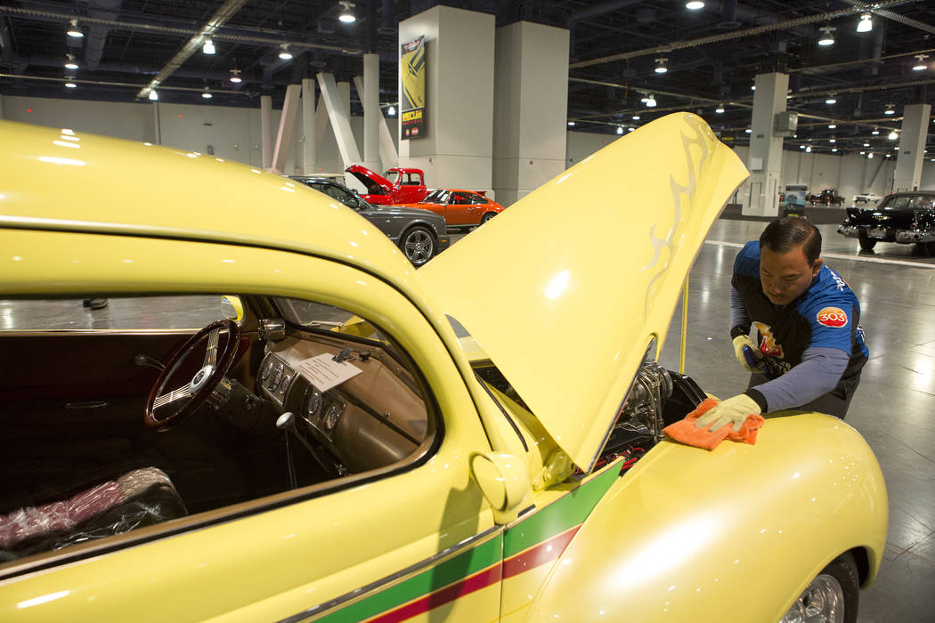 Mecum Collectorcar Auction Rolls Into Las Vegas PHOTOS Las - Collector car classifieds