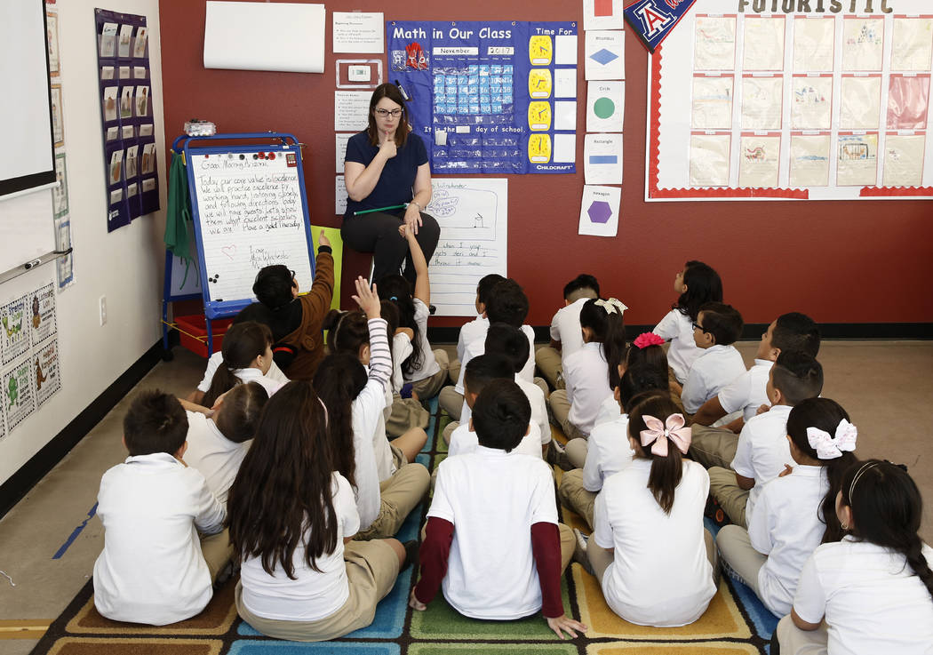 Jennifer Winchester teaches her first grade students at Futuro Academy Thursday, Nov. 9, 2017, in Las Vegas. Bizuayehu Tesfaye/Las Vegas Review-Journal @bizutesfaye