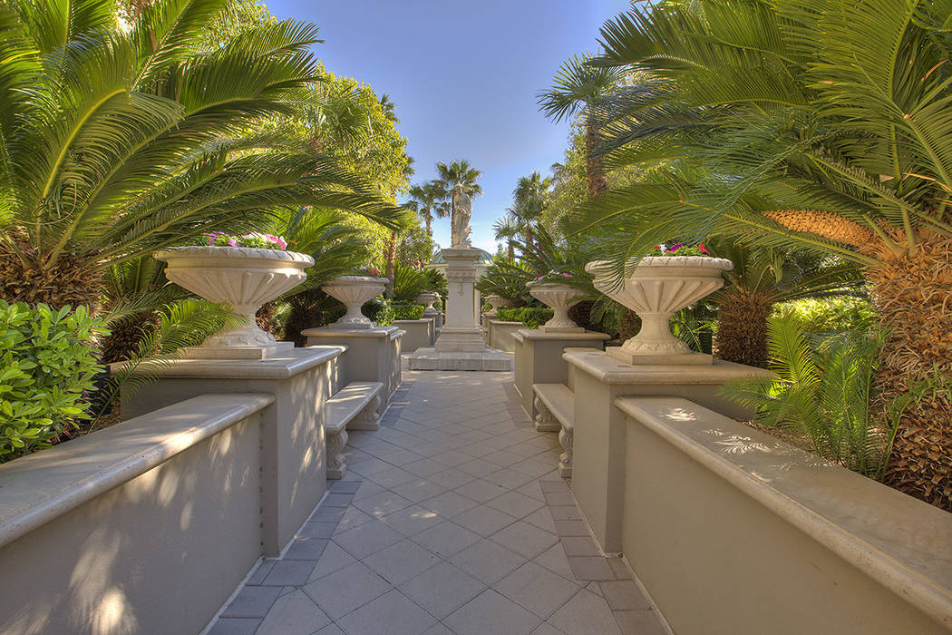 Park Towers has a garden area.  (Synergy|Sotheby's International Realty)