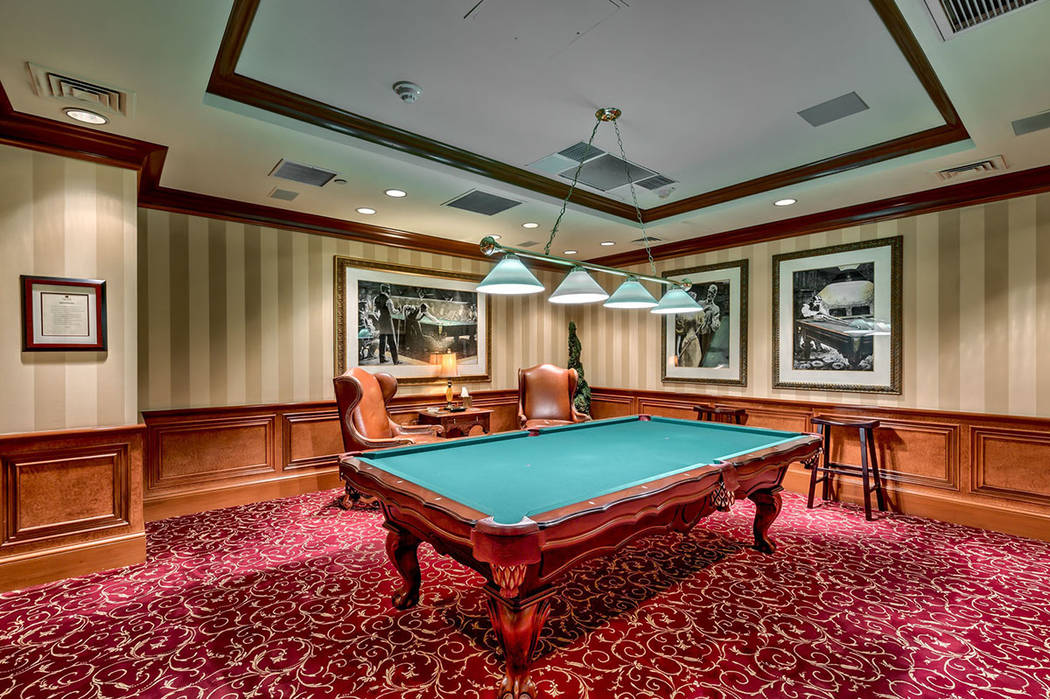 Park Towers has a billiard and game room for residents.  (Synergy|Sotheby's International Realty)