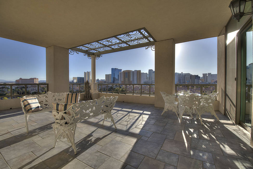 The home has a private patio. (Synergy|Sotheby's International Realty)