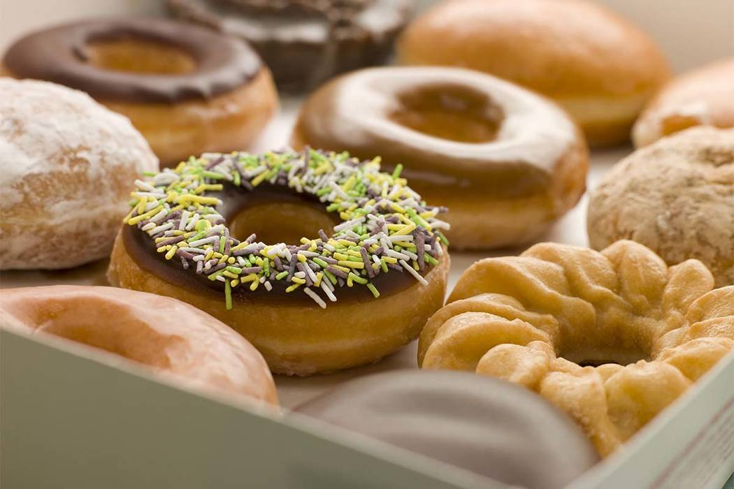 Robber Hands Out Doughnuts After Stealing Cellphones