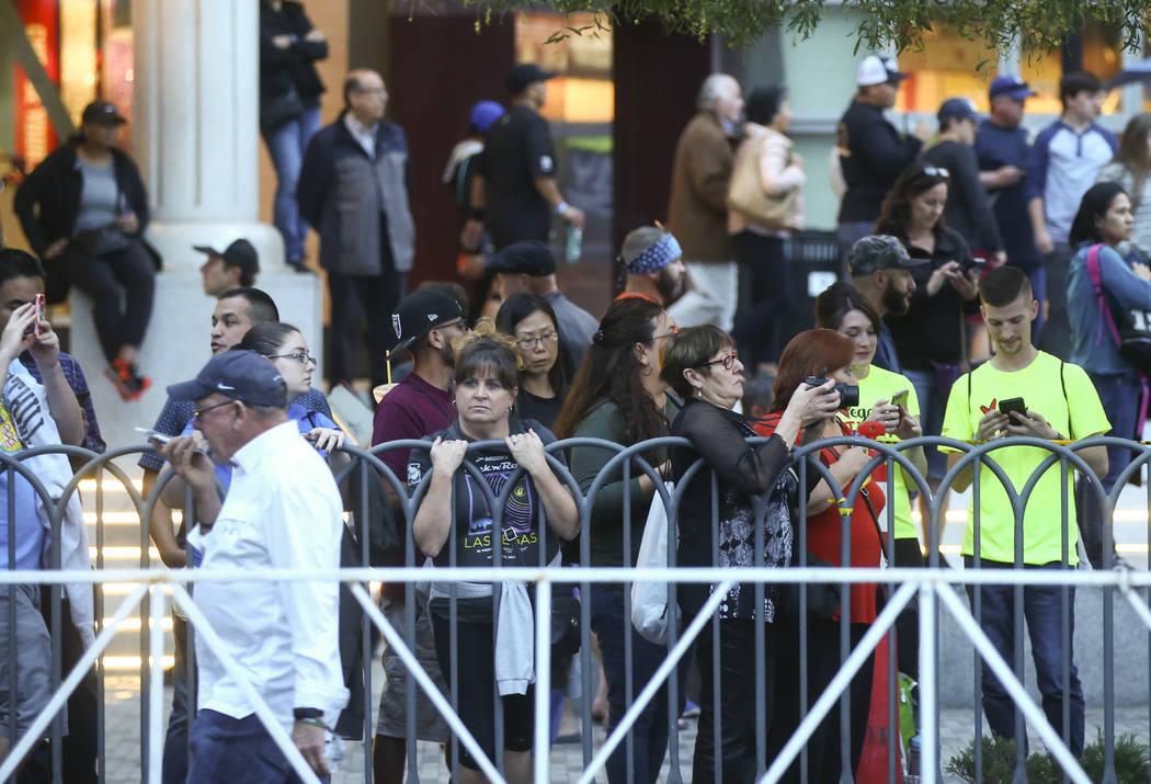 People watch race participants begin at the start of the Rock 'n' Roll Marathon in Las Vegas on Sunday, Nov. 12, 2017. Chase Stevens Las Vegas Review-Journal @csstevensphoto