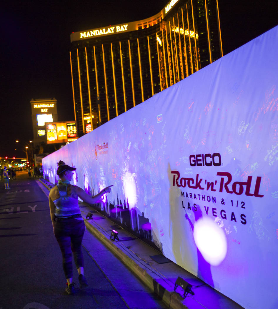 A memorial wall in honor of victims of the Oct. 1 shooting during the Rock 'n' Roll Marathon in Las Vegas on Sunday, Nov. 12, 2017. Chase Stevens Las Vegas Review-Journal @csstevensphoto