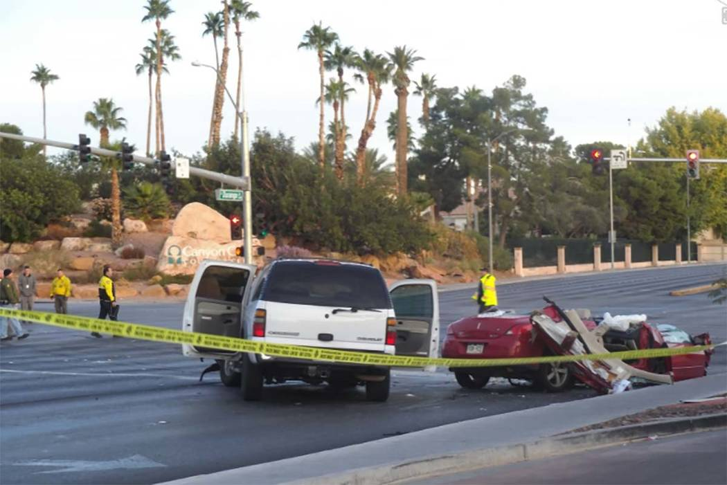 A two-vehicle crash has closed the intersection of Sahara Avenue and Durango Drive in western Las Vegas, Monday, Nov. 13, 2017. (Max Michor/Las Vegas Review-Journal)