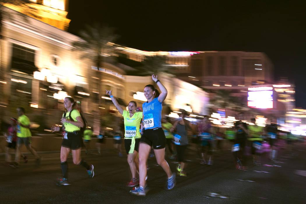 Participants head north on the Strip during the Rock 'n' Roll Las Vegas Marathon. (Sam Morris Las Vegas News Bureau)