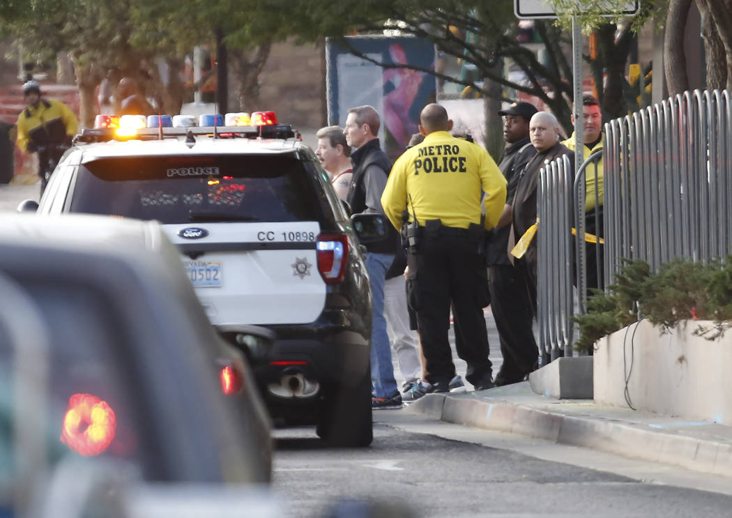 Las Vegas police investigate a shooting near the Monte Carlo on the Las Vegas Strip, Tuesday, Nov. 14, 2017. Bizuayehu Tesfaye/Las Vegas Review-Journal @bizutesfaye