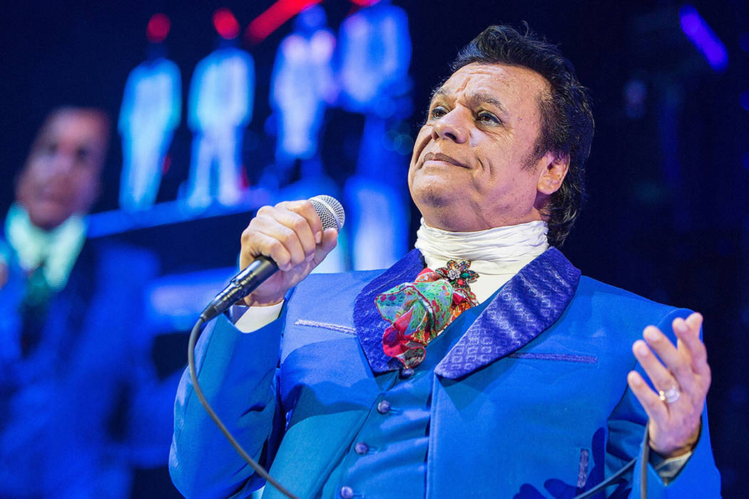 A Las Vegas home once owned by the late Mexican singer songwriter Juan Gabriel is going under the auctioneers hammer right after Thanksgiving. (Agencia)