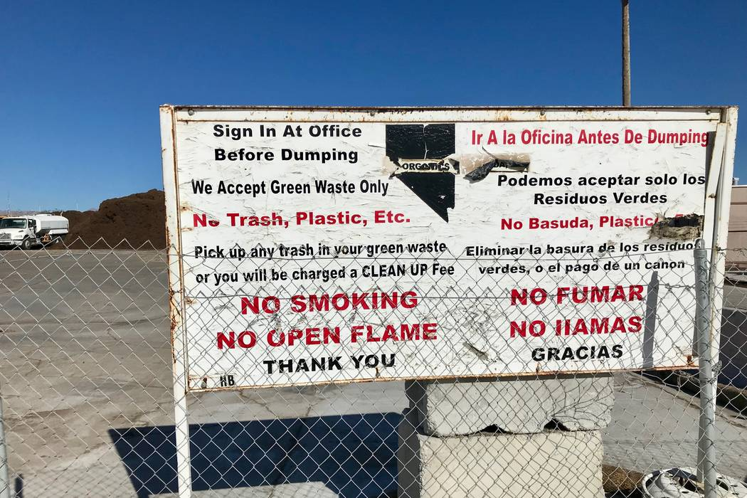 A sign tells customers about the procedure for delivering organics at Terra Firma Organics in the Northeast Valley on Nov. 7, 2017.  (Madelyn Reese/View) @MadelynGReese