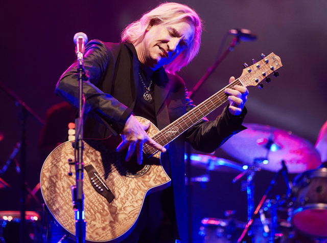 Joe Walsh is a soloist on the Strip, but says The Eagles 'aren't