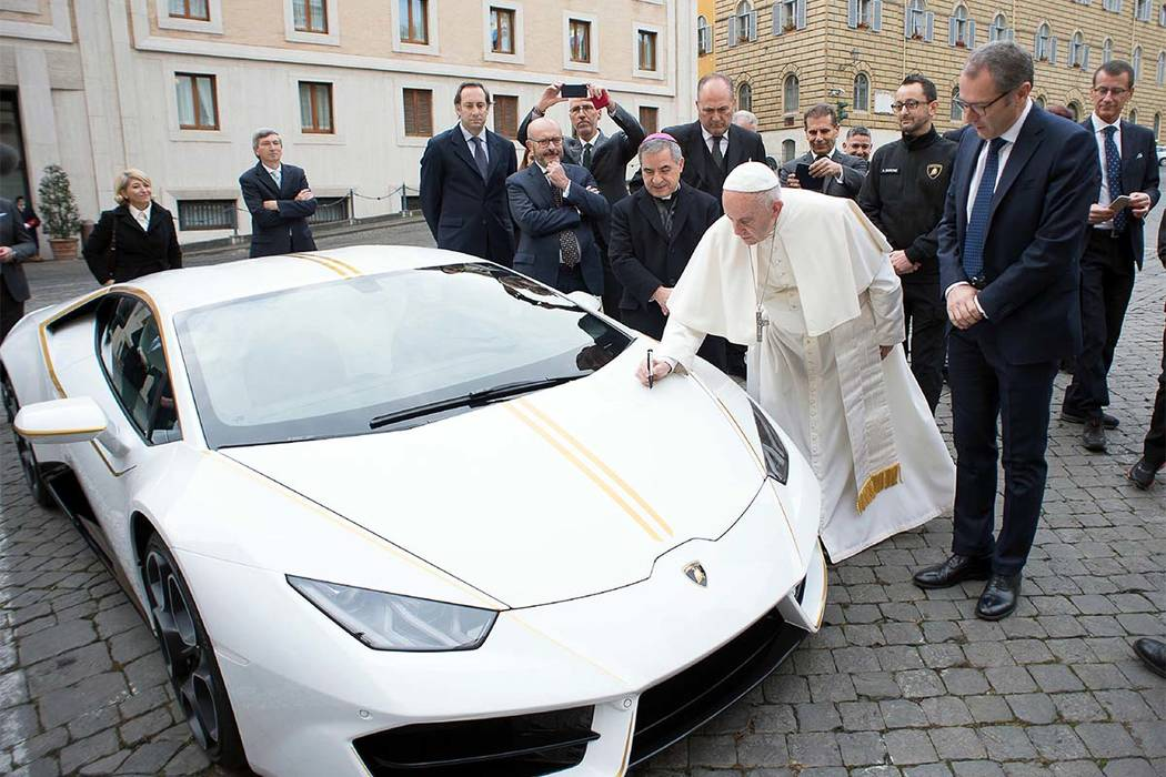 Personalised Lamborghini given to Pope to be auctioned for charity