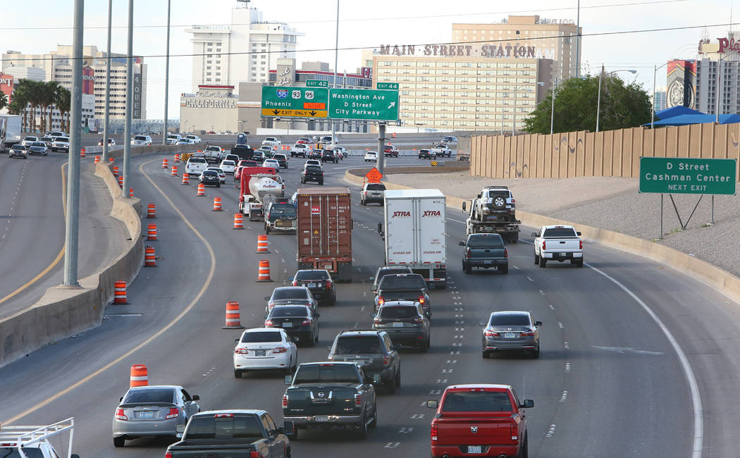 "Heavy traffic during the first morning of the ""Big Squeeze"" along U.S. Highway 95 South at the Spaghetti Bowl in Las Vegas on Tuesday, March 21, 2017. (Bizuayehu Tesfaye/Las Vega ..."