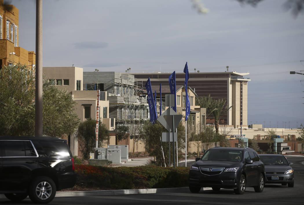 Construction goes on in the Affinity housing development in the Summerlin area of Las Vegas on Thursday, Nov. 16, 2017. Chase Stevens Las Vegas Review-Journal @csstevensphoto