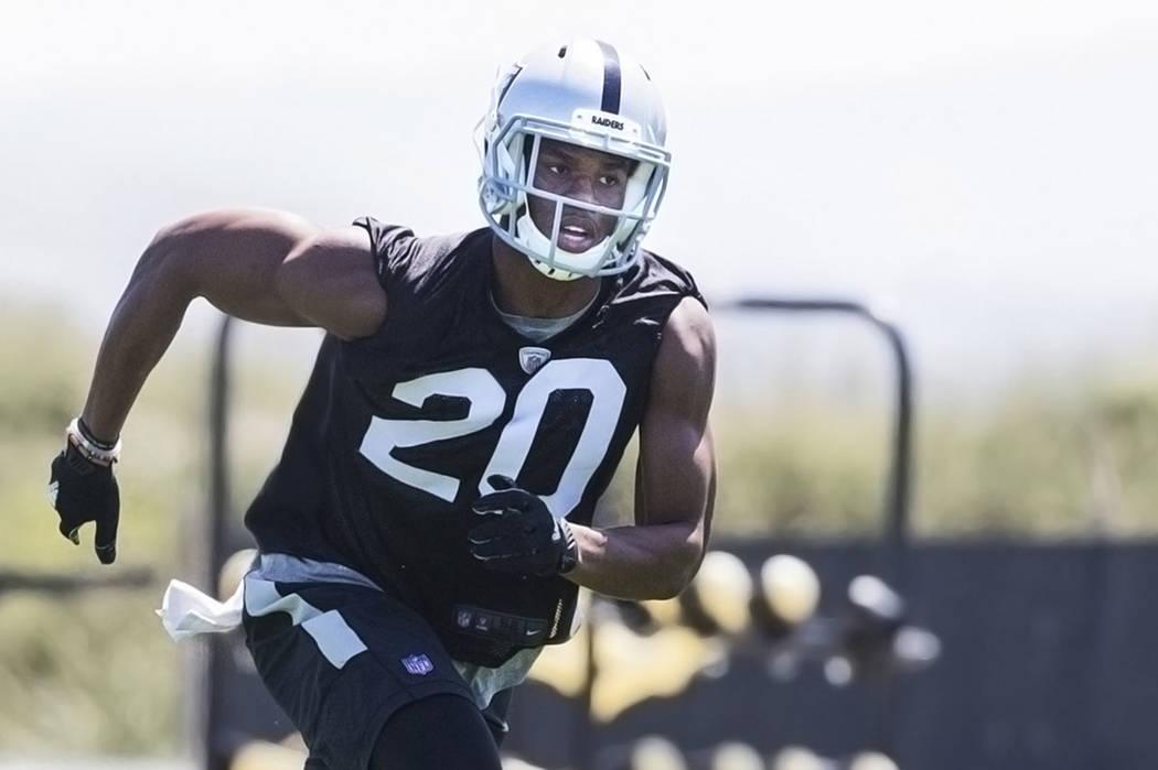 Raiders second-round draft pick Obi Melifonwu runs through drills during rookie minicamp on Friday, May 5, 2017, at Oakland Raiders Headquarters, in Alameda, Calif. Benjamin Hager Las Vegas Review ...