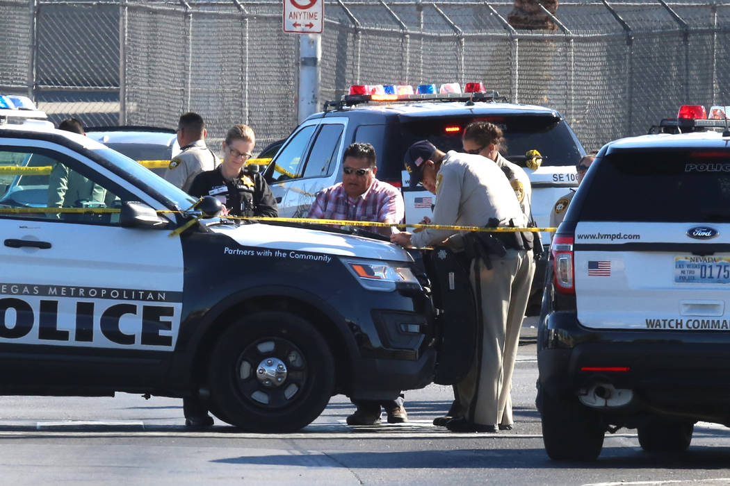 Las Vegas police investigate a stabbing and shooting involving two victims at Tropicana Avenue and Missouri Avenue, near Boulder Highway Thursday, Nov. 9, 2017, in Las Vegas. Bizuayehu Tesfaye/Las ...