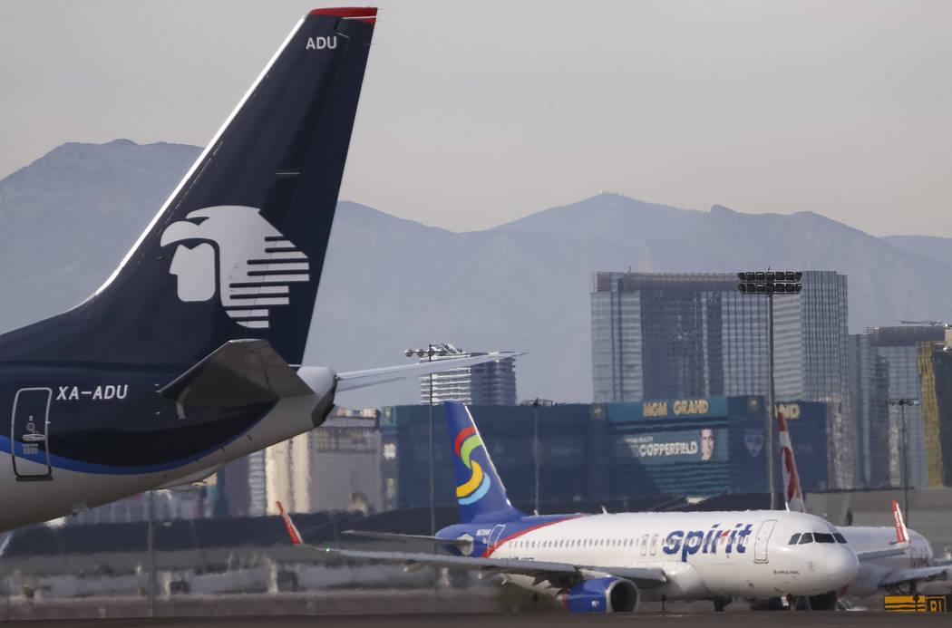 Planes taxi the runway at McCarran International Airport in Las Vegas, Monday, Nov. 20, 2017. Richard Brian Las Vegas Review-Journal @vegasphotograph