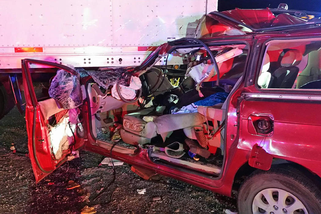 2 juveniles hospitalized after I-15 crash north of Las Vegas   Las