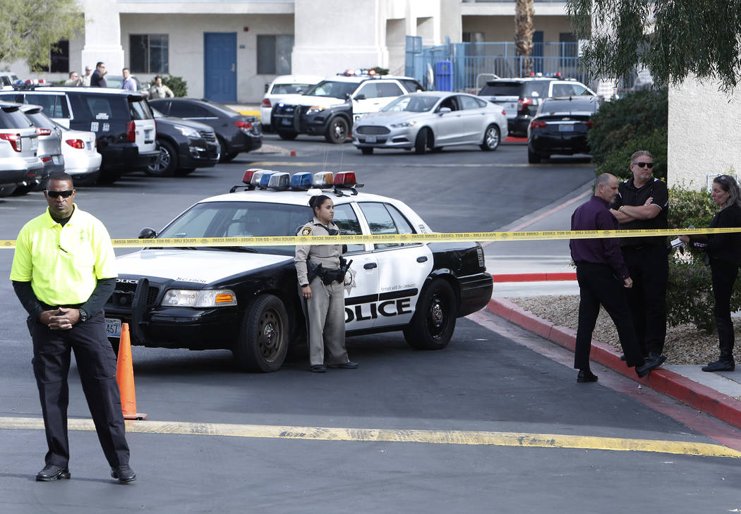 Las Vegas police are investigating an incident that left one child dead and a teenager in critical condition at the Budget Suites extended-stay motel on Monday, Nov. 20, 2017 at 8400 Las Vegas Blv ...