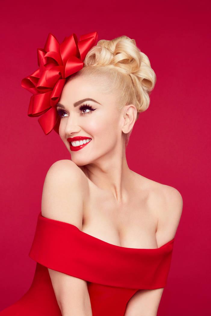 Gwen Stefani: You Make It Feel Like Christmas. Jamie Nelson/NBC