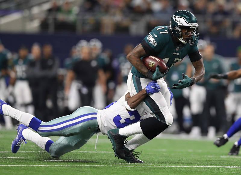Nov 19, 2017; Arlington, TX, USA; Philadelphia Eagles receiver Alshon Jeffery (17) runs after a reception in the third quarter against Dallas Cowboys cornerback Anthony Brown (30) at AT&T Stad ...