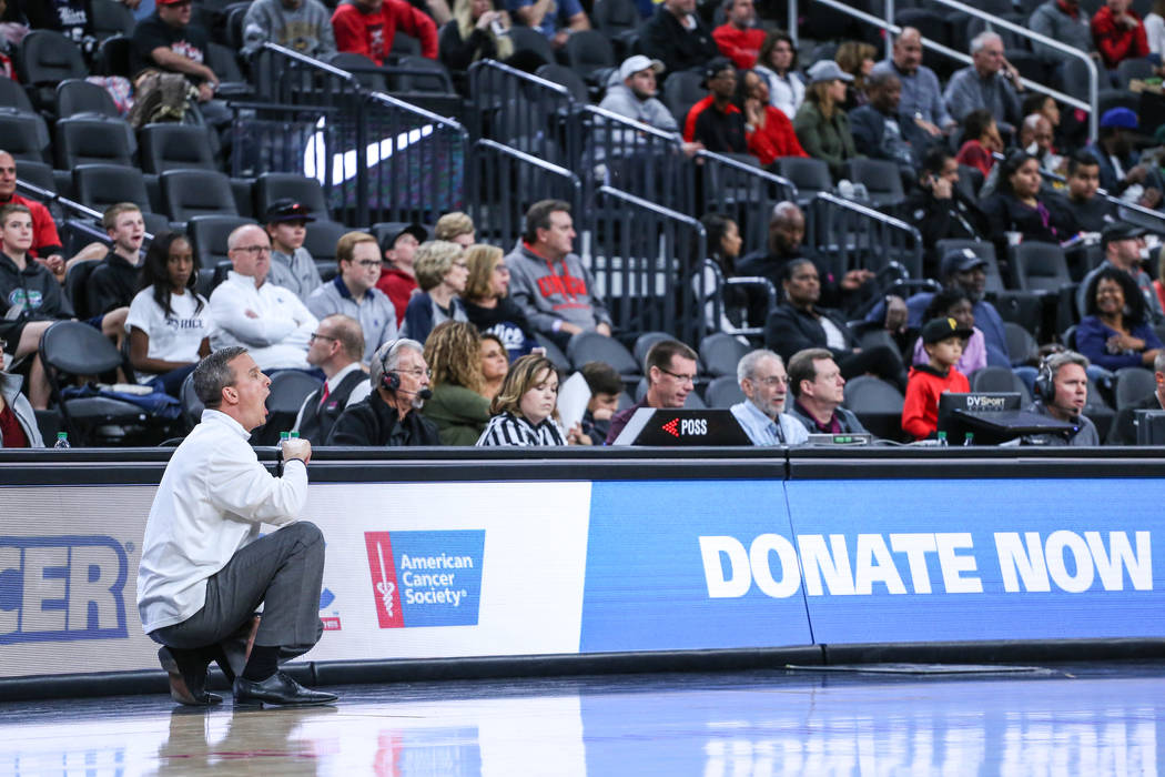 Rice Owls head coach Scott Pera shouts during the first half of basketball game against the UNLV Rebels during day one of the MGM Grand Main Event tournament at T-Mobile Arena in Las Vegas, Monday ...